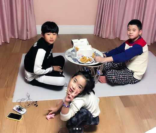 ▲▼李俊秀、爸爸!我們去哪裡?、尹侯(尹厚)、成俊、金民國,、宋智雅。(圖/翻攝自IG、臉書、tvN、JTBC)