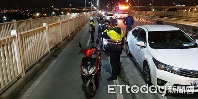 8機車撞一團 交通打結3人送醫