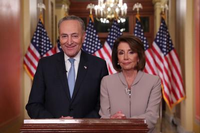 民主黨舒默:川普應立即重啟政府