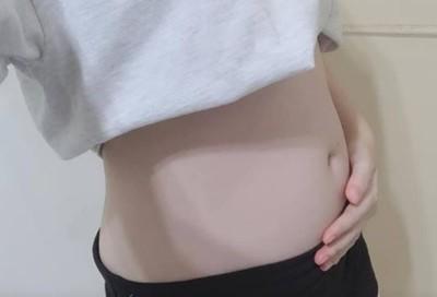 情侶讓座問:懷孕還是胖 她爆笑