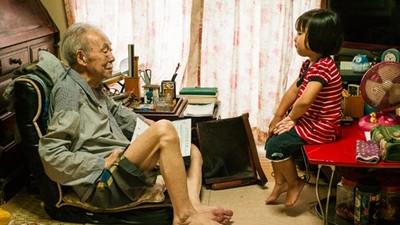 確診肺癌「倒數3年的生命」 攝影師含淚側拍老父親,直到火化那一刻