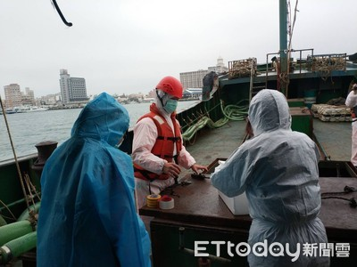 陸船載10公斤豬肉越界 澎湖海巡隊強制帶回