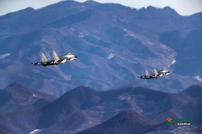 陸機越中線 包道格:與蔡政府購F-16V有關