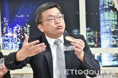 蔡其昌:想把辣椒往惡爸嘴裡塞!