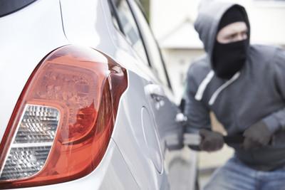載3孩車被偷 眾人活活把賊打死