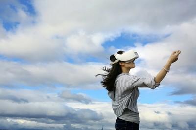 5G實現VR整合AR、區塊鏈 宏達電VIVE建構跨產業生態系