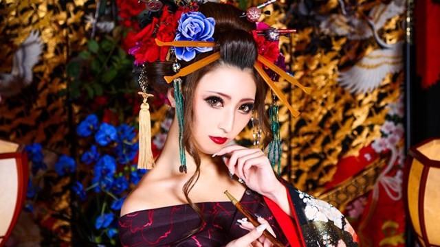 連日本新聞都搞錯?「花魁風和服」根本不是花魁 露肩其實是娼婦