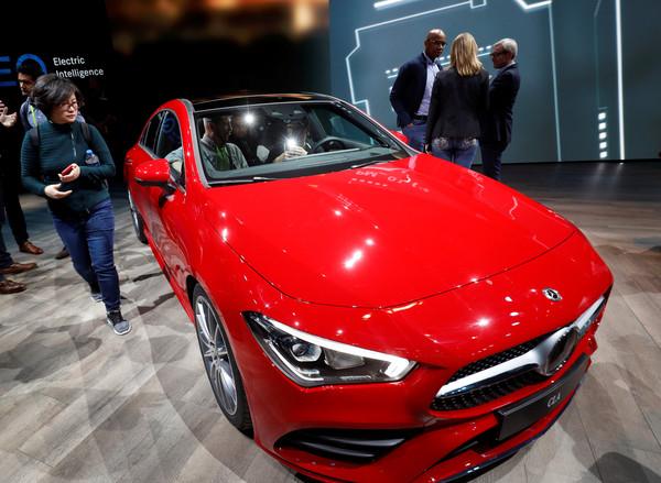 「雙B之戰」2018年打得火熱 賓士狂銷231萬輛險勝死對頭BMW(圖/路透社)