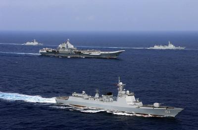 共軍航空母艦航入台海 蔡英文:我會堅守主權