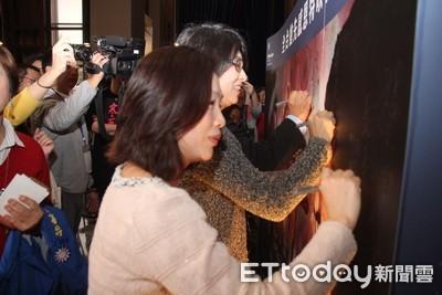 《寒單》台東首映 劇組返玄武堂還願