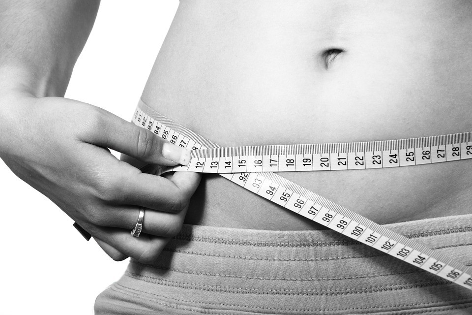 ▲量腰圍,減肥,小腹,變瘦。(圖/取自免費圖庫Pixabay)