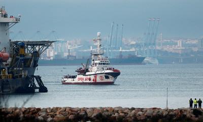 突尼西亞南部「移民船遭打翻沉沒」 70人罹難