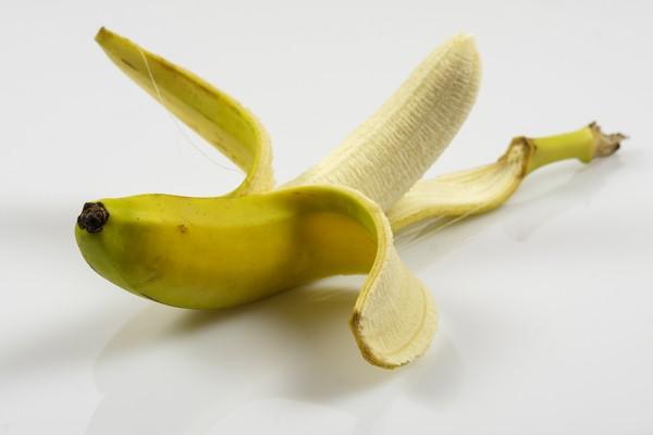 吃過量香蕉會致命? 農委會闢謠:成年人一天吃6根沒問題 | ETtoda