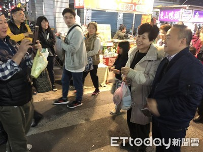 韓國瑜就職將滿月 團隊努力轉型