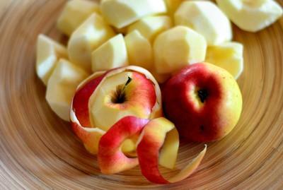蘋果帶皮吃最好!專家推空汙護喉飲食法