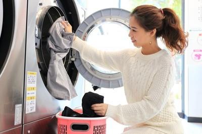 自助洗衣掀創業潮 「用APP全程掌控送洗流程」超商也搶進