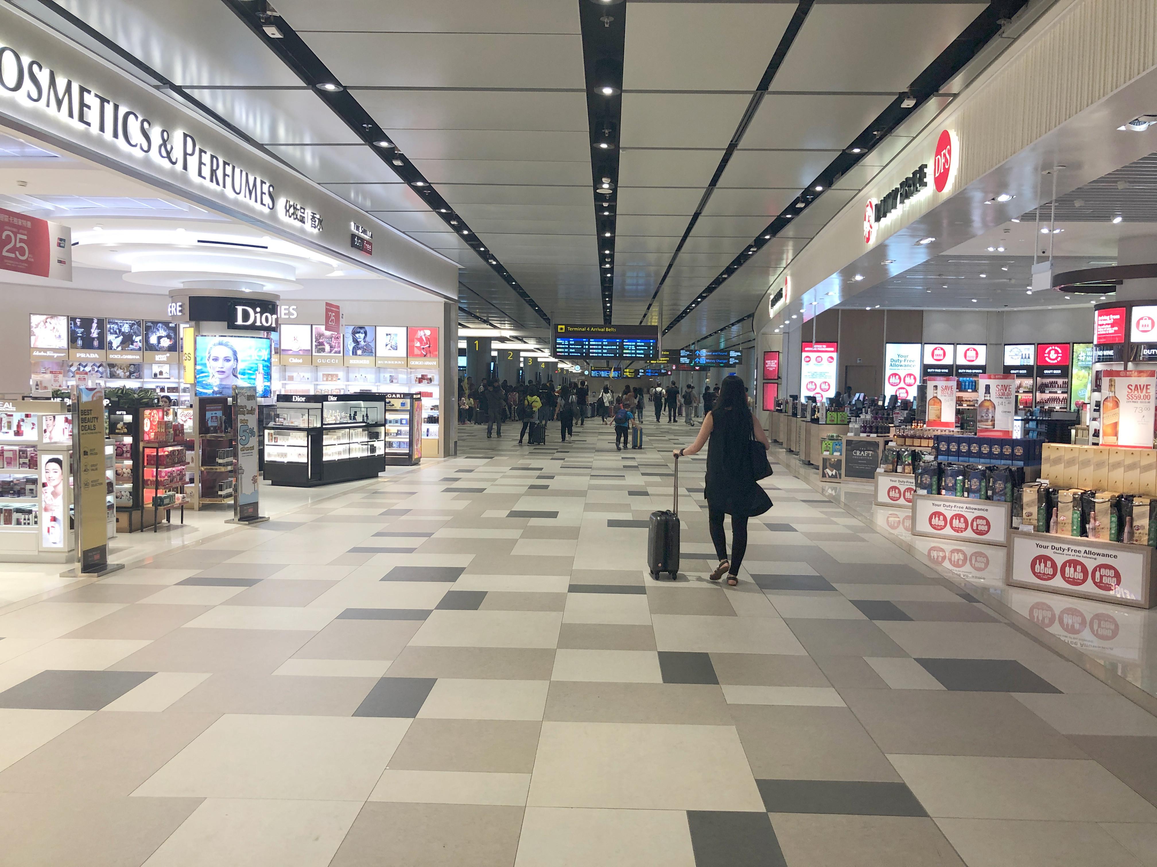 ▲▼新加坡,樟宜,樟宜機場,免稅店。(圖/記者謝盛帆攝)
