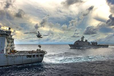 美航母穿台海將打破海峽中線默契