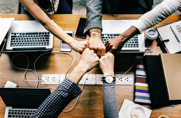 ▲職場,同事,人際。(圖/取自pixabay)