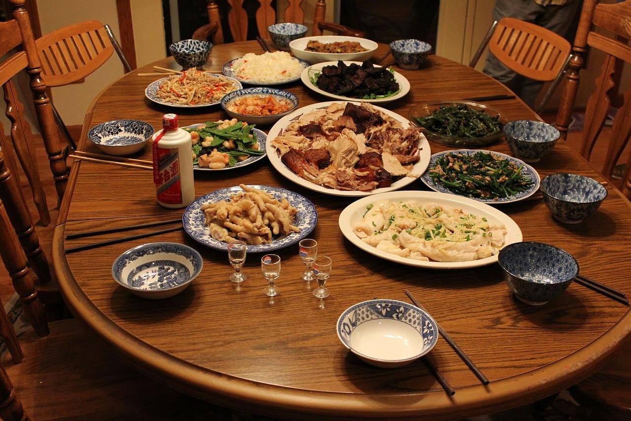 ▲▼圍爐,除夕,吃喝,晚餐,蔬菜。(圖/翻攝自pixabay)