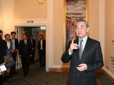 王毅談華為:不接受這些政治操弄