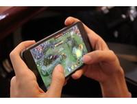 「未成年22~8時禁玩線上遊戲」陸推新措施防網路沉迷 網大讚:豬隊友掰!