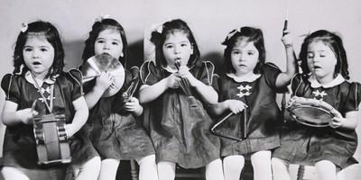 全球首例「五胞胎姊妹花」 政府供人參觀斂財 逃離回家又被生父性侵