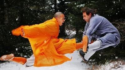 開局兩秒「側踢KO洋人」!少林武僧住山上很會經營IG 紅到西方國家