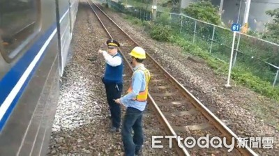 台鐵區間車冒煙 乘客目睹「驚險10分鐘」