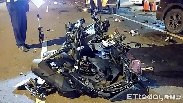 ▲台中2日凌晨發生酒駕撞死人。(圖/記者陳玉翻攝)