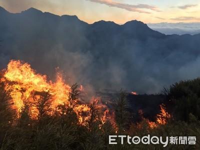 雪霸公園半夜失火 23名登山客撤離