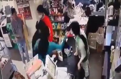 女奧客賞一巴掌 超商店員錯愕摀臉