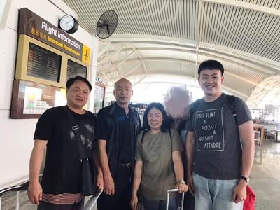 韓國瑜峇里島度假 台客巧遇求合照