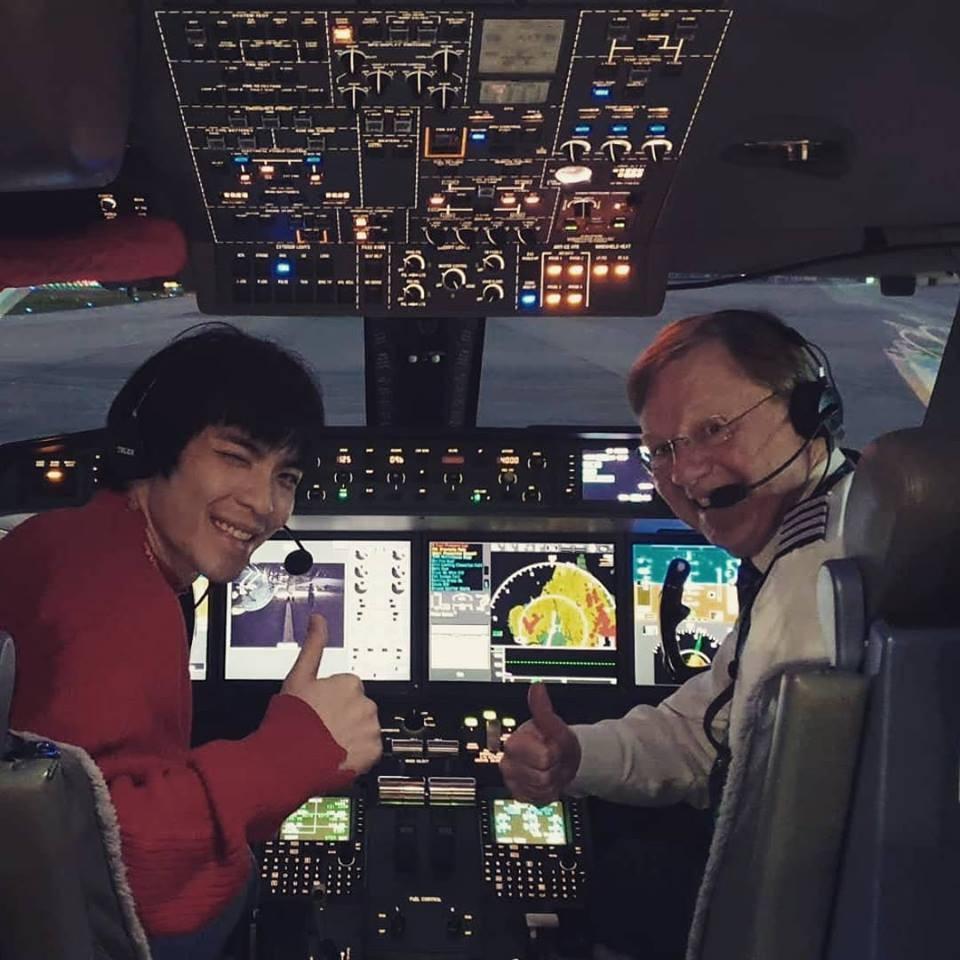 ▲蕭敬騰開飛機。(圖/翻攝自Facebook/蕭敬騰)
