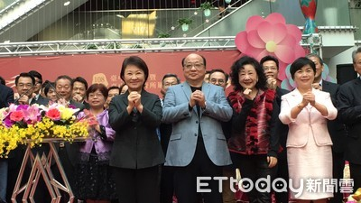 盧秀燕邀胡志強 新春許3願望