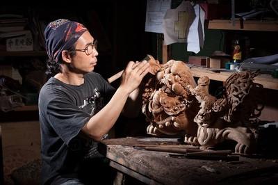 為神明服務 木雕大師蔡楊吉