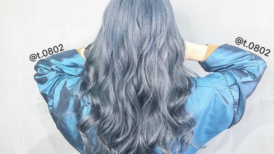 黑棕黃落伍了!蔡依林「女神系金屬髮色」染起來 亮麗光澤時尚度爆表