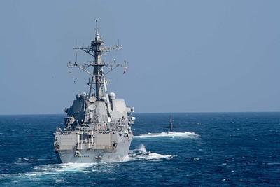 美軍艦進出南海 解放軍南部戰區回應了