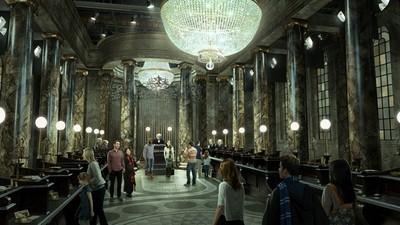 這扇門終於開了!英國哈利波特影城「古靈閣巫師銀行」開放倒數中