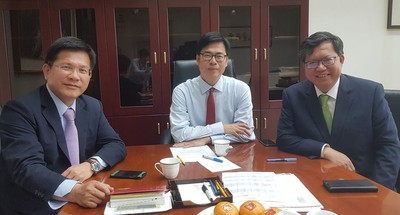 陳其邁:盼華航肩負更多公共運輸責任