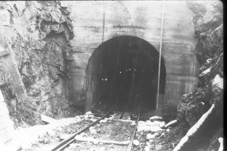 ▲礦坑。(圖/翻攝自維基百科)