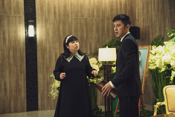 ▲▼ 李國毅與簡嫚書合作《靈異街11號》。(圖/LINE TV提供)