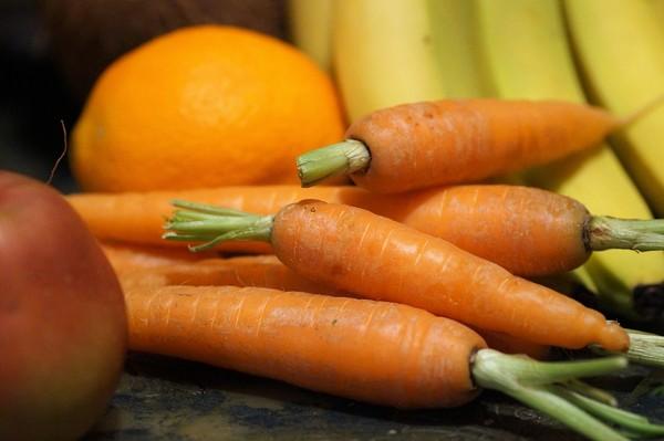 小心這7種飲食讓你越吃越醜 「紅色蔬果」竟也上榜 | ETtoday健康