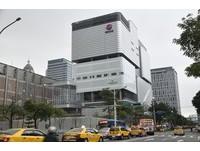 獨/遠百信義A13揭秘! 快速電梯、景觀高空露台、館內可「免提物輕鬆逛」