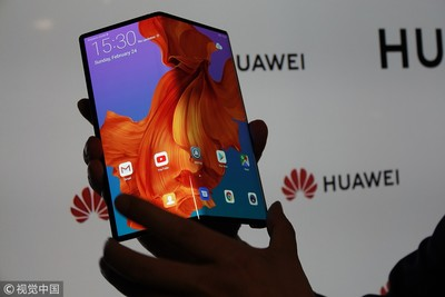 胡厚崑:摺疊銀幕手機+5G網路將是殺手級的產品