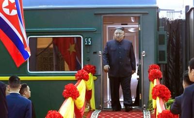 不願這畫面再現 金正恩寧搭火車到越南