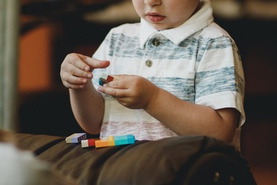 WHO:5歲以下看電子螢幕 一天別超過1小時