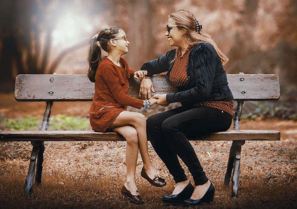 ▲▼母女,女孩,傷心,女童。(圖/取自免費圖庫pixabay)