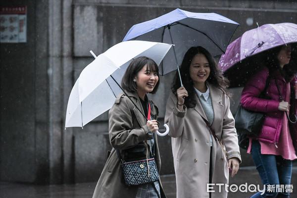 明起連下3天雨!一張圖秒懂降雨區域 週四「濕又冷」最低探15度