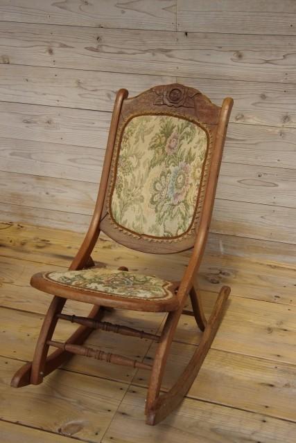 ▲椅子。(示意圖/取自免費圖庫PhotoAC)